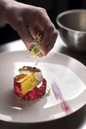 Culinair recept gerookte makreel met bietjes
